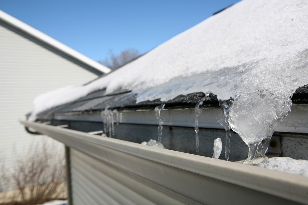 Inspecting, Cleaning And Repairing Your Roof Is Best Done Before Winter – Here's Why