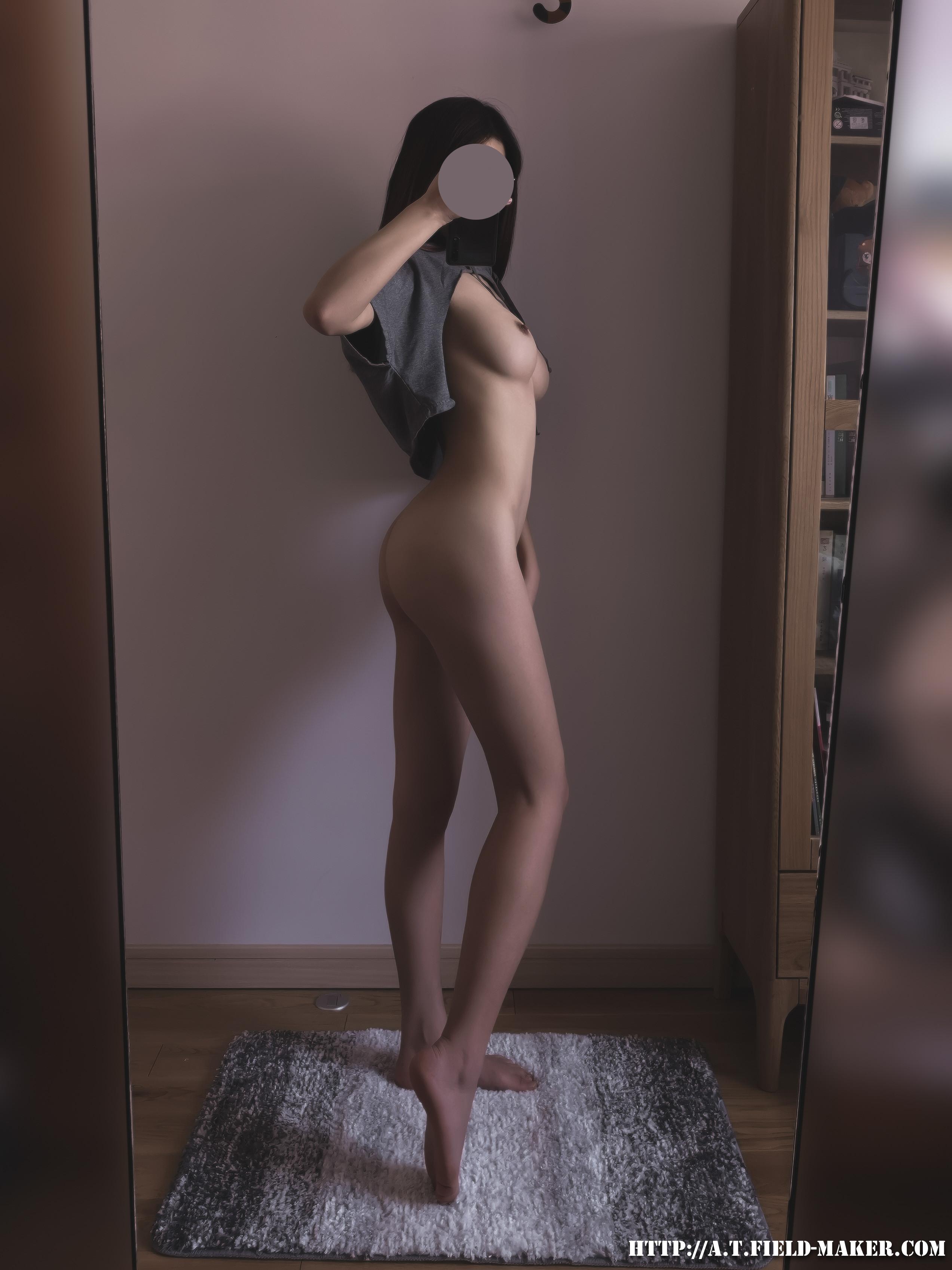 Tsubaki Album Selfie vol.008 Cloak bikini 昼と夜 013