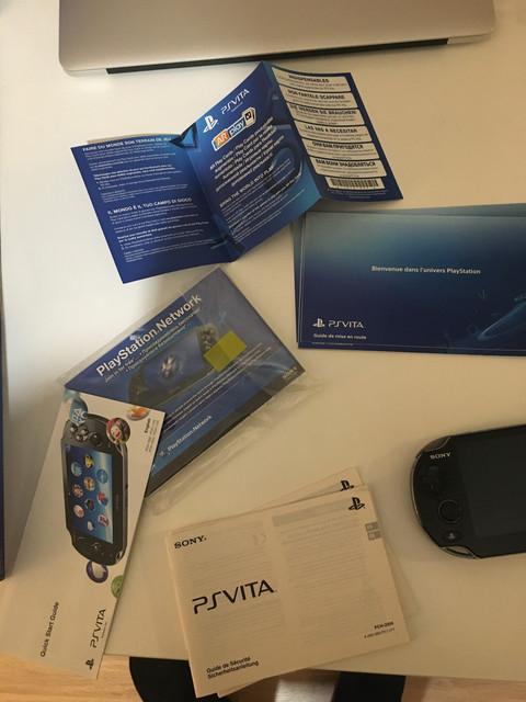 [Vendu] PS Vita Wifi enso sd2vita 128Go en boîte 80€ D7-E47-C20-3691-48-F5-851-F-2028-E71-C9-A05