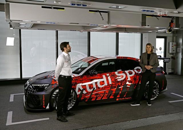 Première mondiale de la nouvelle Audi RS 3 LMS A210709-medium