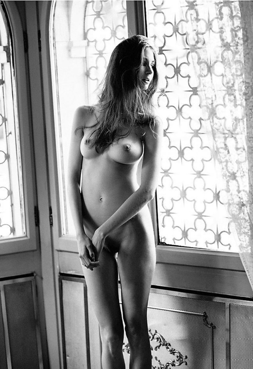 Lina-Lorenza-Nude-by-Marco-Michieletto-for-P-Magazine-13-The-Fappening-Blog-com-1024x1493