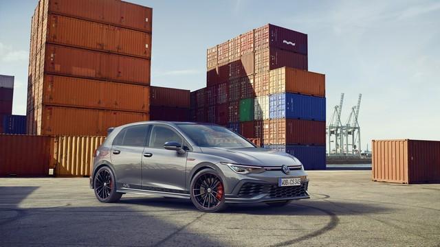 Célébration de l'anniversaire d'une icône : Volkswagen lance la Golf GTI Clubsport 45 sur le marché DB2021-AU00051large