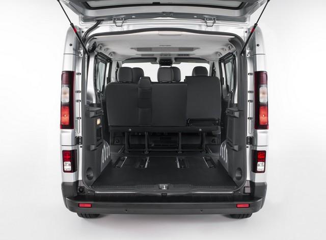 Le Nissan NV300 Combi Fait Peau Neuve New-NV300-Combi-Trunk-8-1200x881