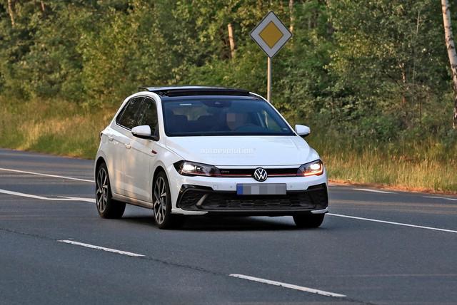 2021 - [Volkswagen] Polo VI Restylée  - Page 8 2-CA02543-B9-DC-47-DF-A5-AE-A241-CBE1531-E