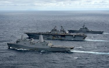 us-amphibious-assaults-train-with-jmsdf-counterparts-in-east-china-sea-375x235