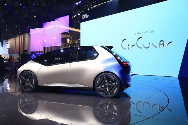 2021 - [BMW] Vision Circular  - Page 2 21-C57543-17-FA-42-FC-B626-973-DC567-B13-F