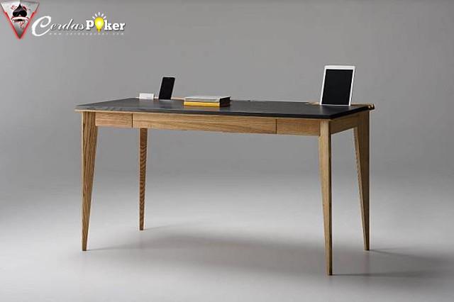 Tidak Perlu Ribet, 6 Kantor meja minimalis Ini Siap Membuat Bekerja Anda Lebih Efisien