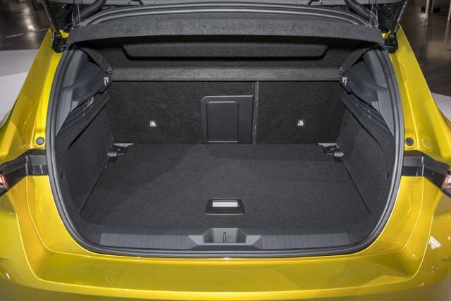 Re: 2021 - [Opel] Astra L [OV51/52] - Page 25 A4-C9-ED74-ECFA-49-A1-95-BB-9-B76-F4-F7-B6-B4