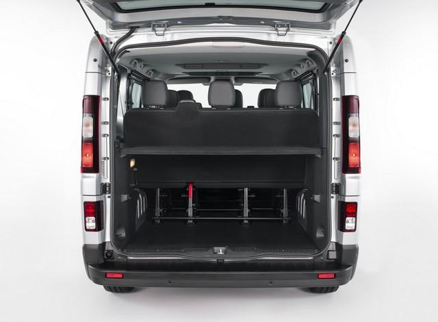 Le Nissan NV300 Combi Fait Peau Neuve New-NV300-Combi-Trunk-2-1200x881