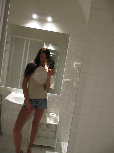 monicca-self-shot-bathroom-11.jpg