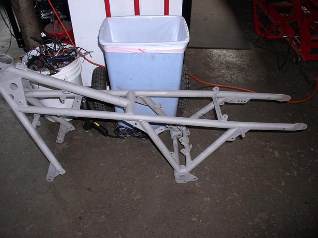 V7 Sport frame 1