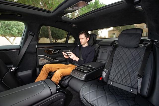 2020 - [Mercedes-Benz] Classe S - Page 22 8-C87883-B-7010-46-E9-96-AF-648-C6-B8320-D6