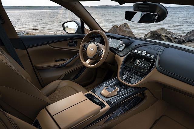 2019 - [Aston Martin] DBX - Page 10 E33-D11-A7-7-B84-4455-974-B-2-B265331-DCB6