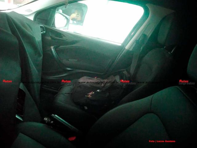 2020 - [Fiat] B-SUV  18086-A78-80-A1-4-ED3-A134-21-F23-E055162