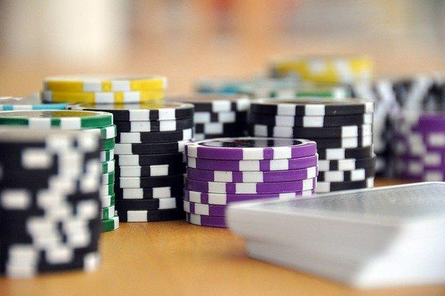 https://i.ibb.co/t8Mc7Py/choosing-poker-site.jpg