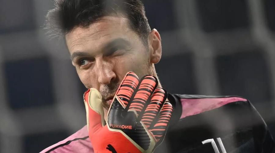 Bestemmia Buffon (Juventus): multa e sospensione partita (salta il Derby della Mole).