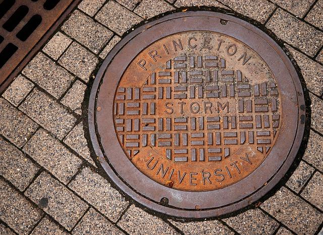manhole-5447272-640