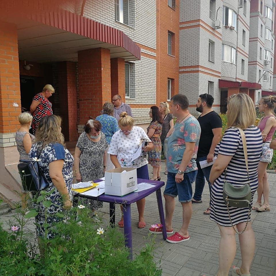 Приняли участие в общедомовом собрании на Чкалова, 9
