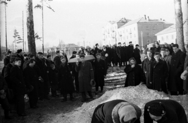 Dyatlov pass funerals 9 march 1959 23