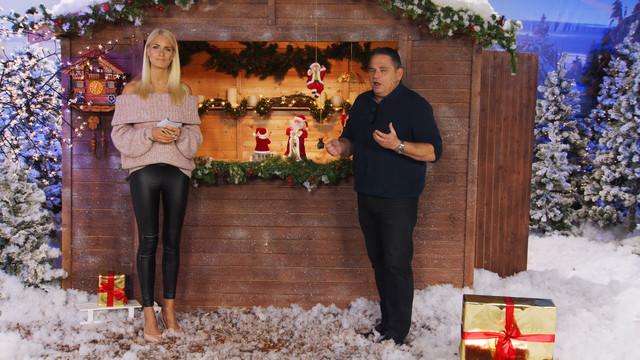 cap-Weihnachtsstimmung-auch-im-Garten-Mit-Anne-Kathrin-Kosch-bei-PEARL-TV-Oktober-2019-4-K-UHD-00-03-34-07