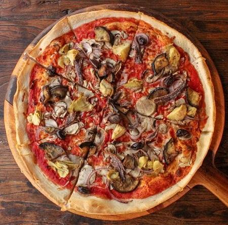 Pizza-mascot