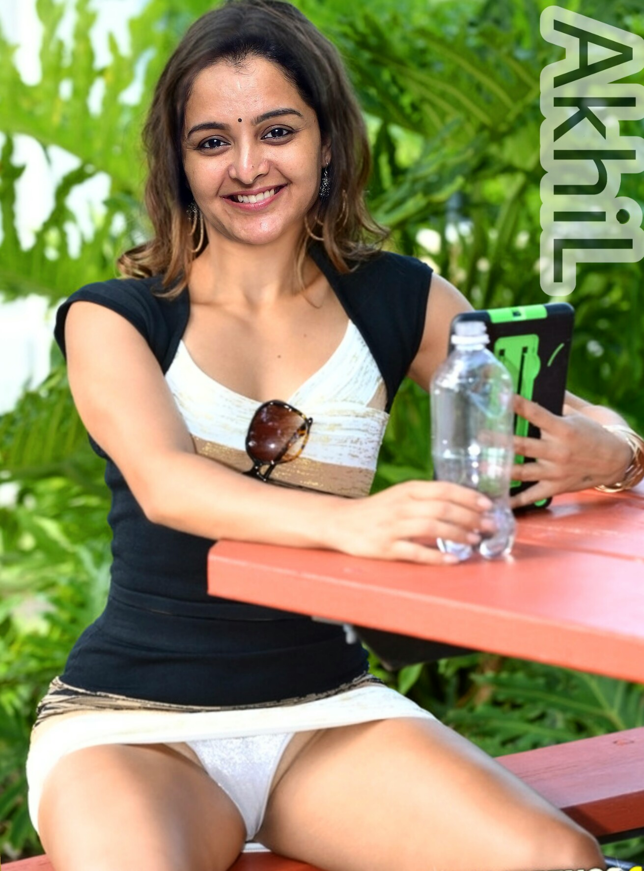 [Image: Manju-warrier-nude-hot-panty-in-skirt-sexy.jpg]