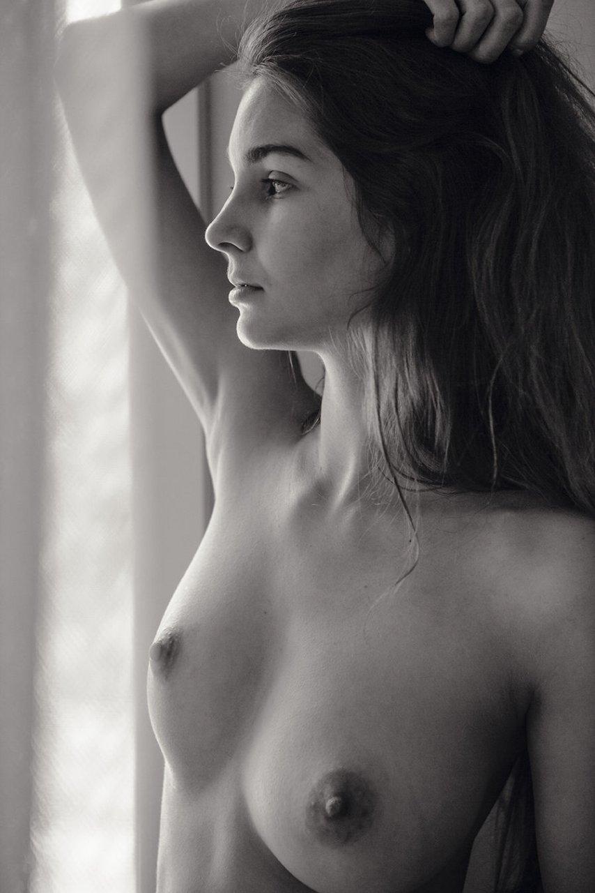 Lina-Lorenza-Nude-The-Fappening-Blog-com-3