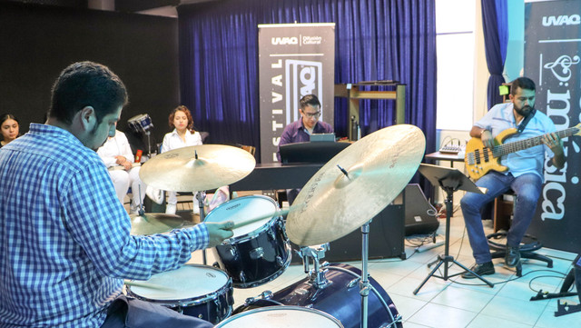 FOTOS-TALLER-JAZZ-UVAQ-4