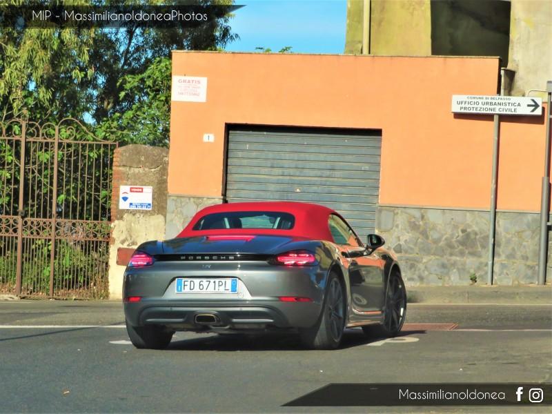 Avvistamenti auto rare non ancora d'epoca - Pagina 22 Porsche-718-2-0-299cv-16-FD671-PL