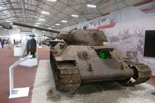 Found abandoned Soviet tank T34-76 at an exhibition in the museum