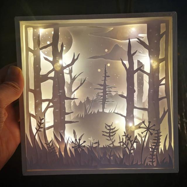 FOREST SCENE LAYERED LIGHT BOX