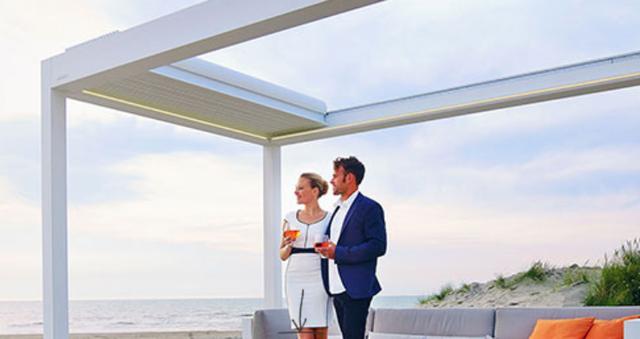 Retractable-roof-pergola-prices