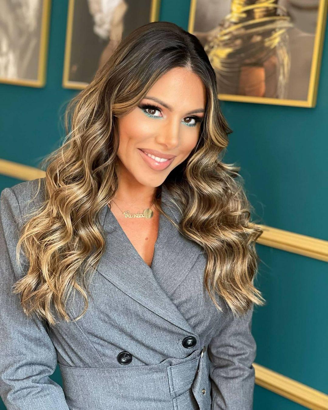 Sandra-Afrika-Wallpapers-Insta-Fit-Bio-Sandra-Prodanovic-Wallpapers-Insta-Fit-Bio-9