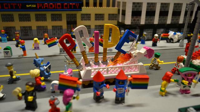 lego-pride-cut