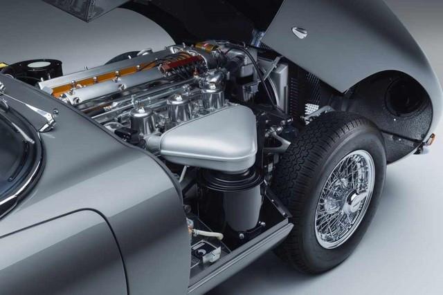 """Jaguar Classic Dévoile La Type """"60 Collection"""" : Homage Au 60e Anniversaire De La Sportive Légendaire 09-E-TYPE-FHC-engine-01"""