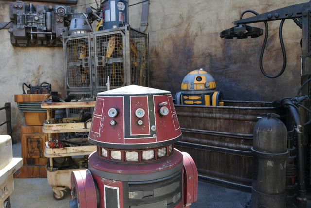 [Disneyland Park] Star Wars: Galaxy's Edge (31 mai 2019) - Page 6 Xxx98