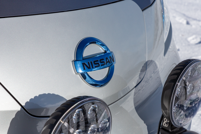 Nissan e-NV200 Winter Camper Concept E-NV200-Winter-Camper-concept-20-source