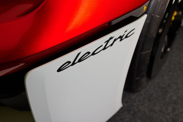 2021 - [Porsche] Mission R C4-E7-DBC0-DE54-4-F0-F-931-E-989868-BE9-C1-A