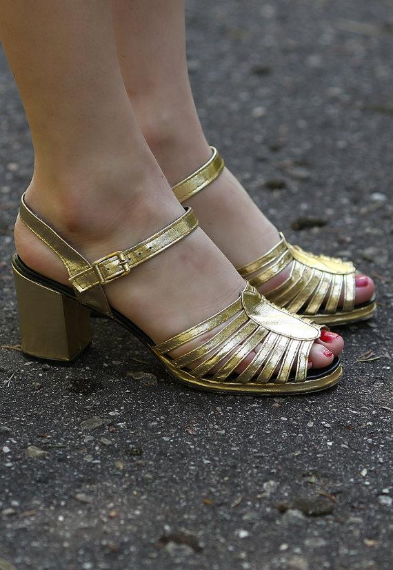 metallic-sandals-90s-gold-faux-leather-cage-strap-block-heel-slingback-shoes-open-toe-slip-on-slider
