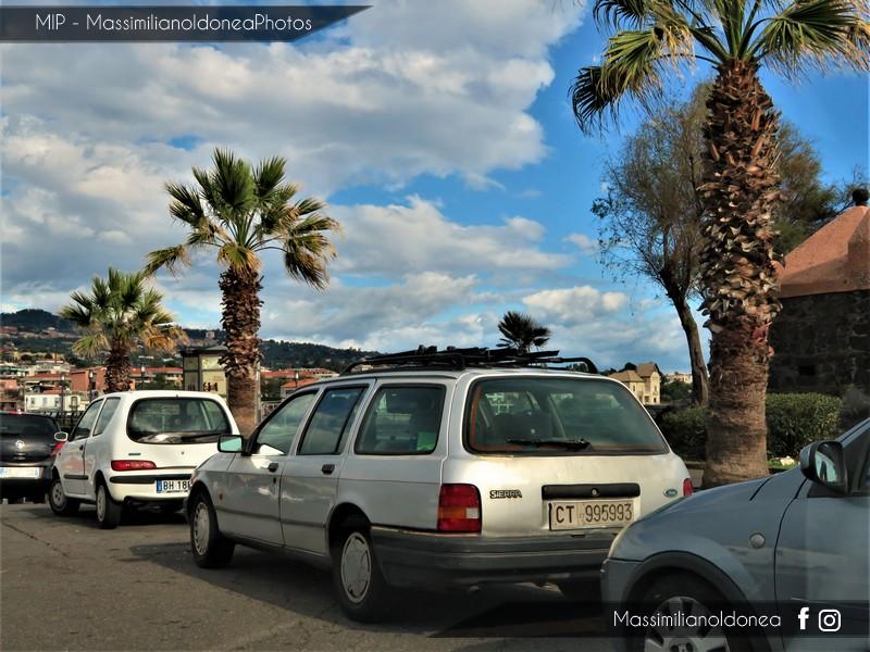 avvistamenti auto storiche - Pagina 4 Ford-Sierra-SW-2-0i-122cv-92-CT995993