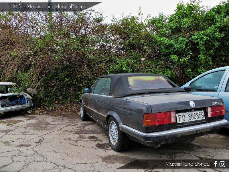 avvistamenti auto storiche - Pagina 21 Bmw-E30-Cabriolet-320i-2-0-126cv-88-FO686859