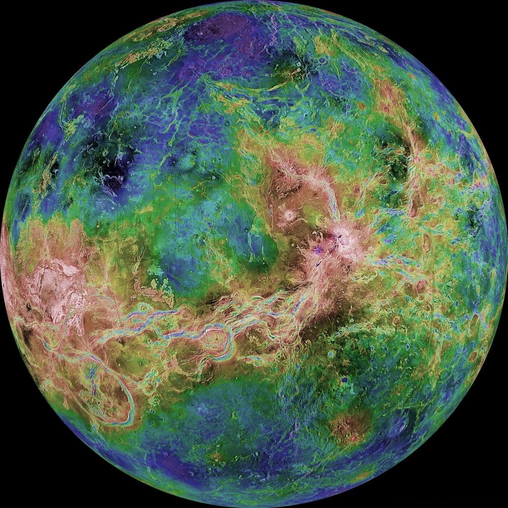 Уникальные кадры НАСА из фотокниги «Земля и космос»
