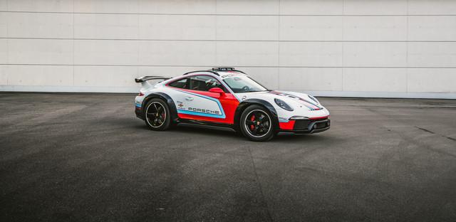 [Actualité] Porsche  - Page 8 3-B358-C3-E-9425-45-BD-9-A95-880314-BF0363