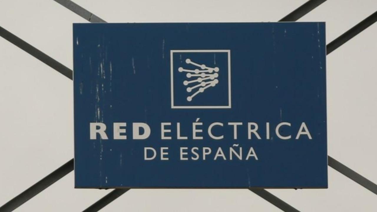 Española Red Eléctrica compra concesionaria en Perú por 205 millones de dólares, deuda incluida