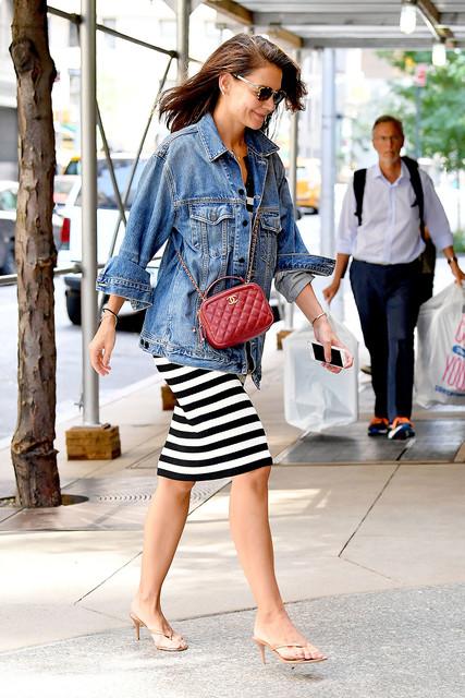 Katie-Holmes-seen-after-alleged-cheating-by-boyfriend-Jamie-Foxx-in-New-York-City-Pictured-Katie-Hol