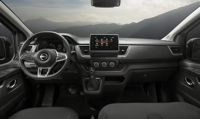 Le Nissan NV300 Combi Fait Peau Neuve New-NV300-Combi-Interior-Dashboard-source