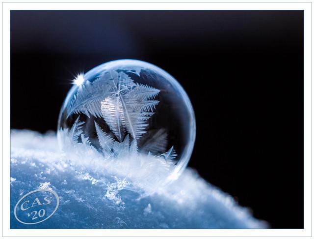 ice-bubble-PSEM-CAS04790
