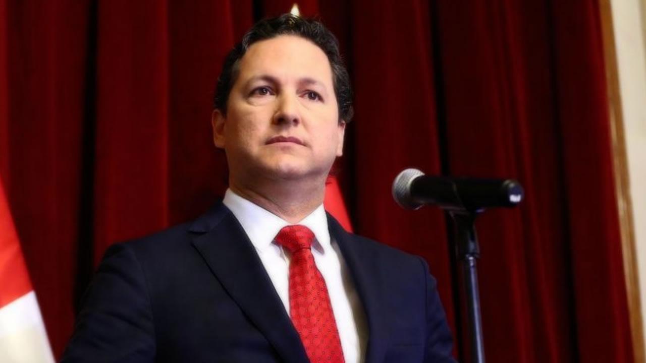 Daniel Salaverry presentó oficialmente su renuncia a Fuerza Popular