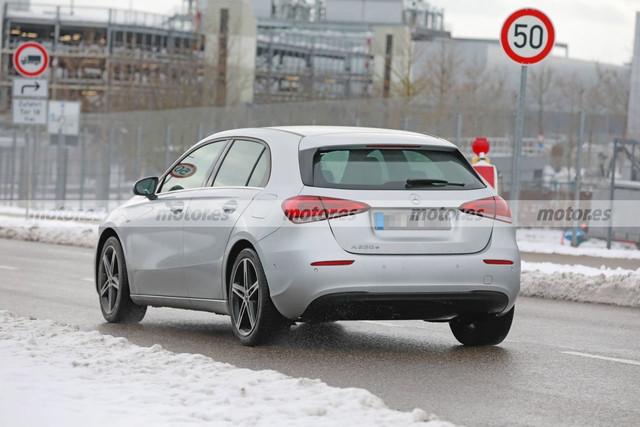 2022 - [Mercedes-Benz] Classe A restylée  42-C2-D9-DE-1-E5-A-46-CC-8-B49-1-A4-E71613746