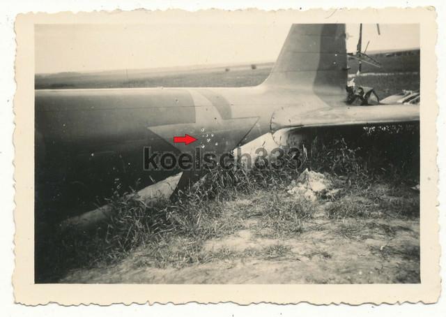 Foto-russisches-Flugzeug-Wrack-Einsch-sse-im-Sowjet